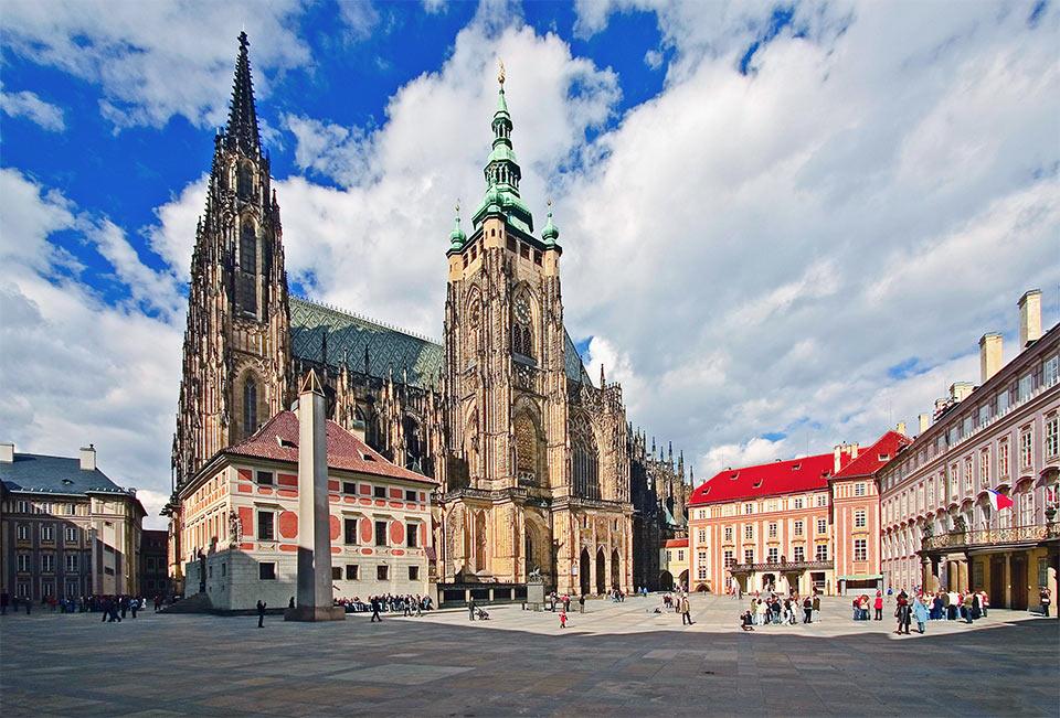 Prague Free Walking Tour Prague Airport Transfers